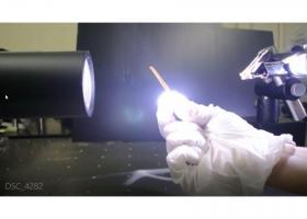 炭素系薄膜を用いた光駆動デバイスの開発